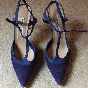 New Manolo Blahnik Two Tone Blue Suede Heels